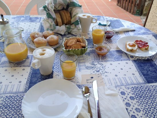 Bosco, İtalya: la colazione abbondante e salutare