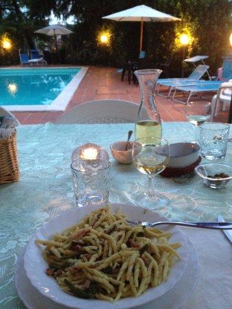 Bosco, İtalya: cena con prodotti tipici e porzioni abbondanti