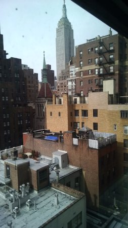 The Tuscany - A St Giles Signature Hotel: Empire State Building from our room window