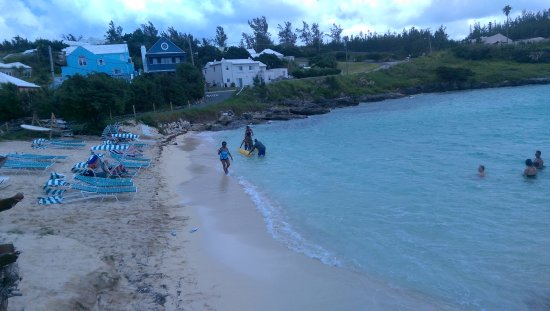 St. George, Bermuda: Not an extreamly large beach but beach chairs are available for rent and there's space enough.
