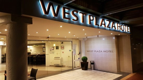 West Plaza Hotel: 20160714_004915_large.jpg
