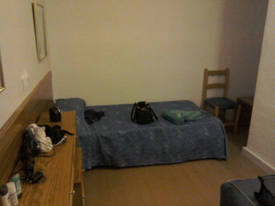 Arcadio & Arcadia: Bedroom