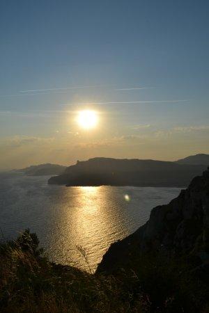 Prowansja, Francja: Coucher de soleil en perspective