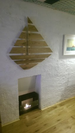 Ardrishaig, UK: Fireplace