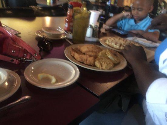 Foto de Maxine's Chicken & Waffles