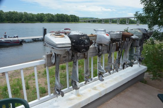 Slippery's Tavern and Restaurant: old motors on the rail