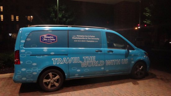 Hampton Inn and Suites Charlottesville - At The University: Shuttle Van Available