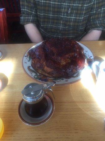 Silverdale, Waszyngton: apple pancakes