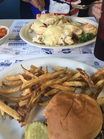 Blue Benn Diner: photo0.jpg