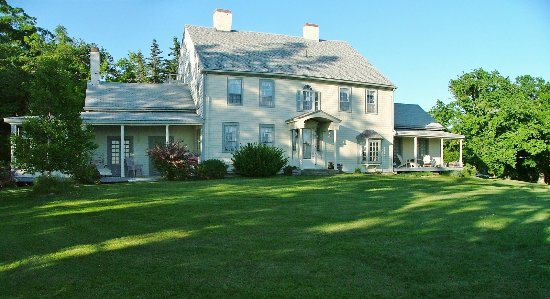 Owen House Country Inn And Gallery