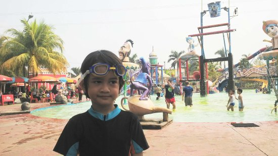 Depok Fantasi Waterpark