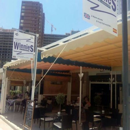 Winnies Cafe Bar & Restaurant