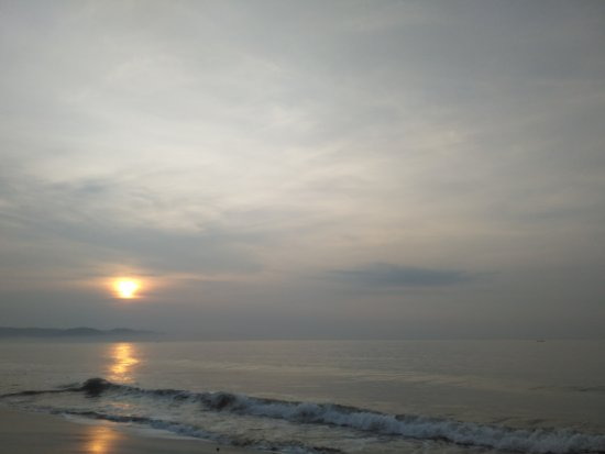 West Java, Indonezja: sunrise di tepi pantai
