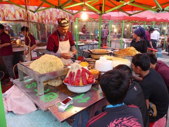 North Jiefang Road Market : Food stall