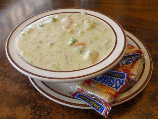 Ritzville, Вашингтон: Hearty Cream of Broc...