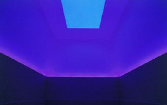 Chichu Art Museum : 不思議な空間(撮影禁止の為、HPから借用)