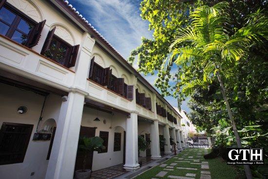 Muntri Grove Hotel