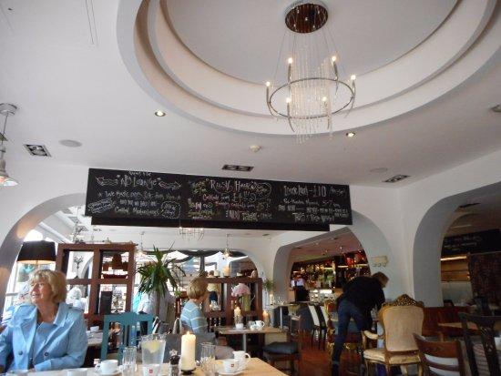Riverbank Bar Kitchen