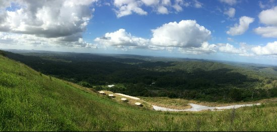 Maleny lookout