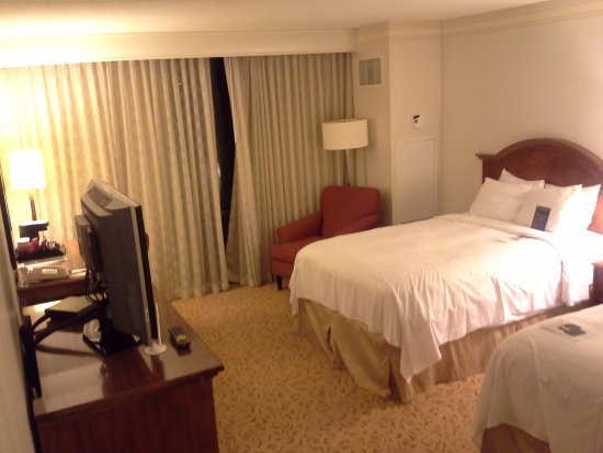 Washington Dulles Airport Marriott: 2x single bed
