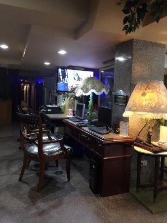 Diamond City Hotel: photo1.jpg