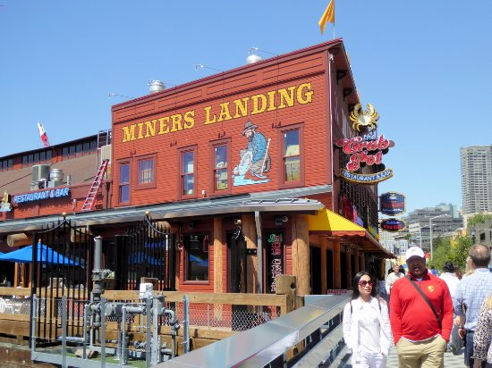 Shops   restaurants abound along the Seattle WaterfrontShops   restaurants abound along the Seattle Waterfront   Picture  . Restaurants Downtown Seattle Waterfront. Home Design Ideas