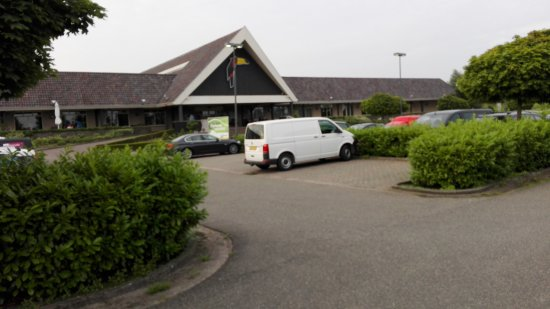Zuidbroek, The Netherlands: The reception/restaurant building