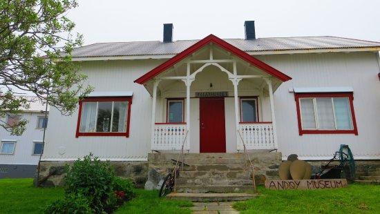 Polar Museum Andenes: la belle petite maison du musée