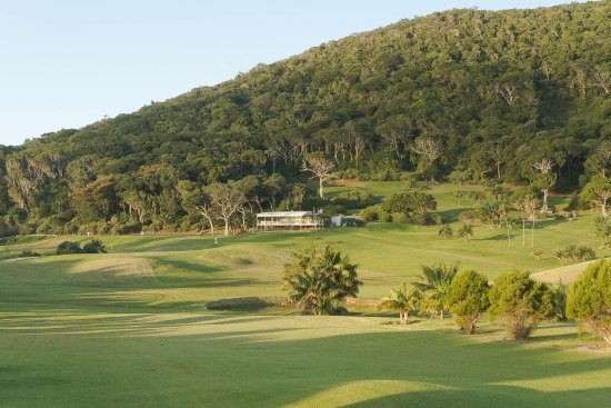 Golf Club: Great Golf Course set in a luxurious background