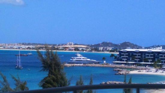 Atrium Beach Resort and Spa: Superyacht watching