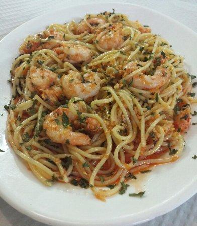 Espaguetis Con Gambas Al Ajillo Picture Of Bar El Repostaero Chipiona Tripadvisor