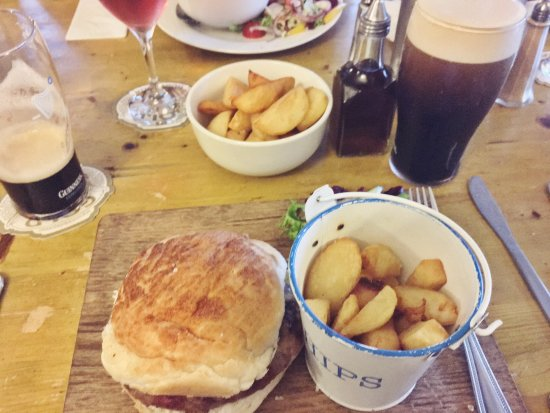 Turnditch, UK: The Tiger Beef Burger with Welsh Rarebit & Bacon