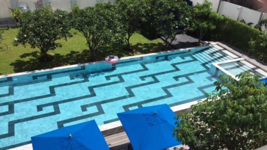 Wichit, Tailandia: Swimming Pool & Wading Pool with Shower Facilities