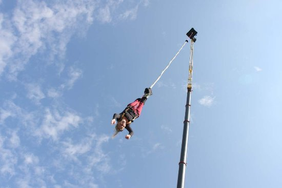 bungee jumping in duisburg von jochen schweizer bild von bungee jumping in duisburg duisburg. Black Bedroom Furniture Sets. Home Design Ideas