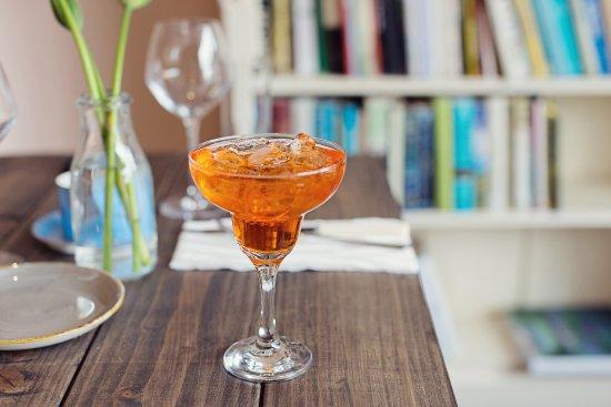 Cark, UK: Cocktails in The Ilex