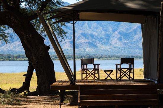 Wilderness Safaris Ruckomechi Camp