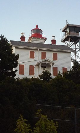 Yaquina Bay Lighthouse: Yaquina Bay
