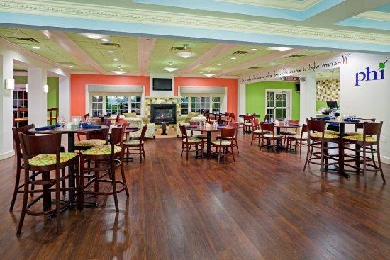Hotel Indigo Basking Ridge Old Oak Bar Bistro