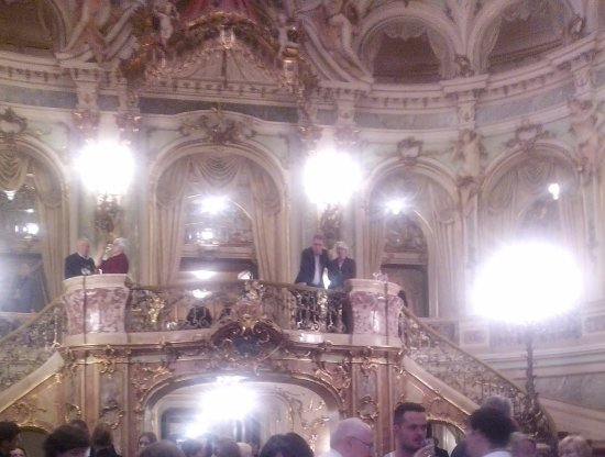 Staatstheater und Oper: inside of theatre and opera house