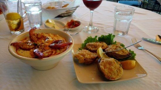 Pleasant Mount, PA: Shrimp and Grits, Stuffed Clams