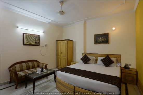 Hotel Vishal Residency:  book super deluxe room @1900/-  9891144160