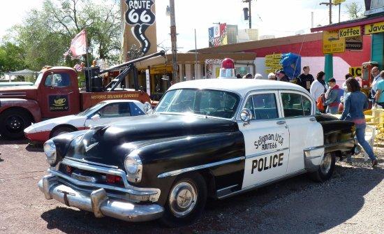 voiture de police de la route 66 photo de route 66 tats unis tripadvisor. Black Bedroom Furniture Sets. Home Design Ideas