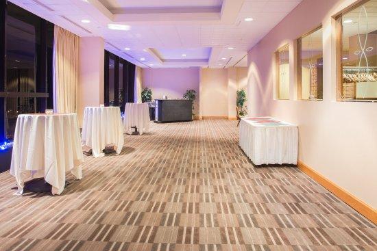 Pittsfield, MA: Bousquet Room