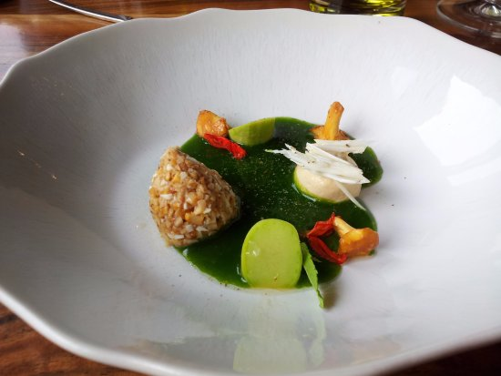 Val Thorens, Francia: girolle/amandes jus d'herbes