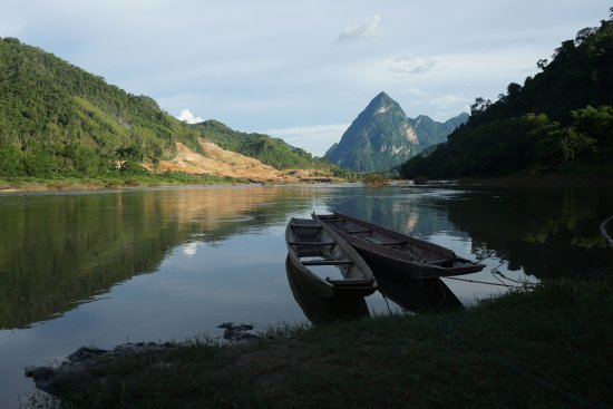 Nong Khiaw, Laos: Beautiful scenery at the end of a day