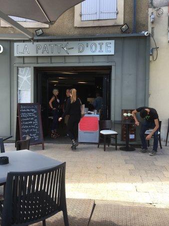 Caf gourmand picture of bistro la patte d 39 oie auch for Garage patte d oie