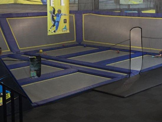 trampoline dunki 39 n picture of trampoline park let 39 s jump bordeaux bordeaux tripadvisor. Black Bedroom Furniture Sets. Home Design Ideas