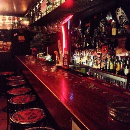 Wasp Bar