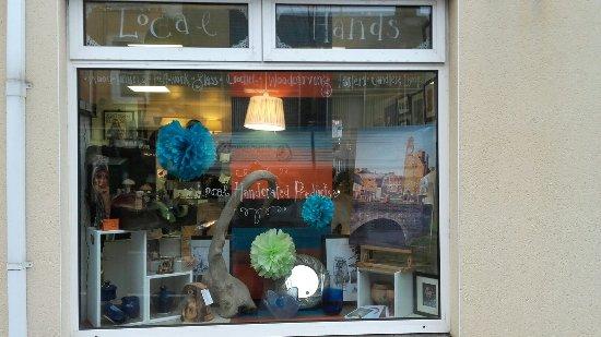 Local Hands Art Gallery & Gift Shop