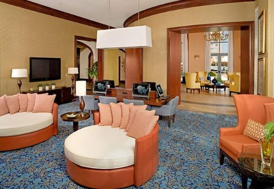 Renaissance Portsmouth-Norfolk Waterfront Hotel: Social Business Zone